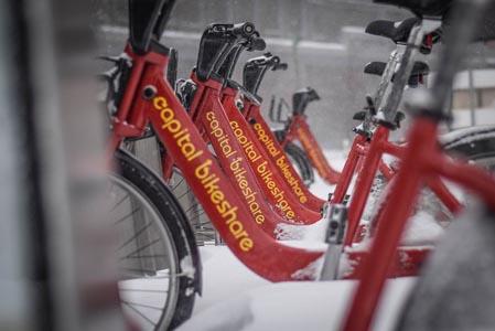 红色自行车背景