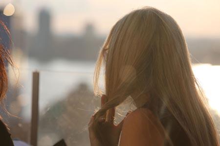 美丽女人背影