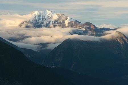 瑞士雪山自然景观