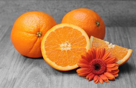 花朵与橙子